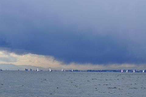 2m 冬空の稲毛海岸 DSC_5951-2.jpg